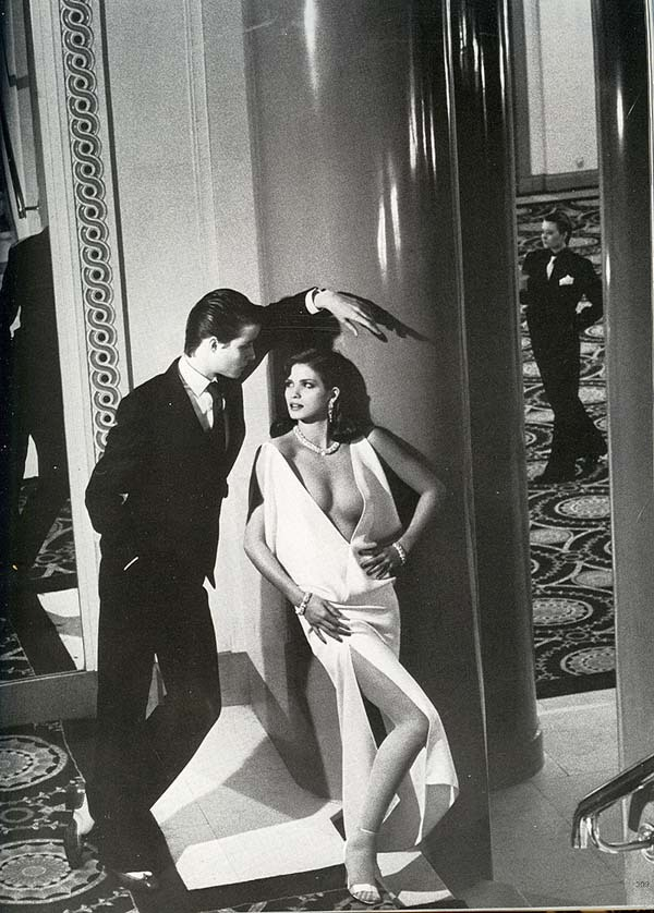 karmaalwayswins:  From Vogue Paris March 1980.  Photographed by Helmut Newton, featuring Gia Carangi.