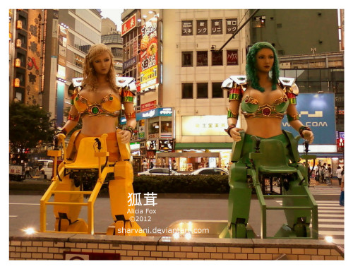 Went out shopping in Shinjuku today, found giant slutty fighting robots… just a normal day in Tokyo