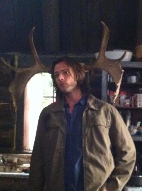 Supernatural's Jared Padalecki turns 30 on set in Vancouver Photo from Jared Padalecki's Twitter a/c @jarpad