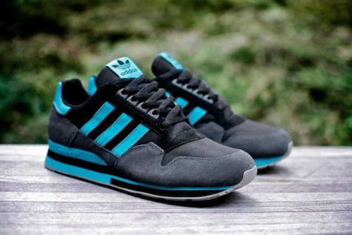 "vagrantsneaker:  adidas Originals  ZX500 ""Super Cyan""  More photos"