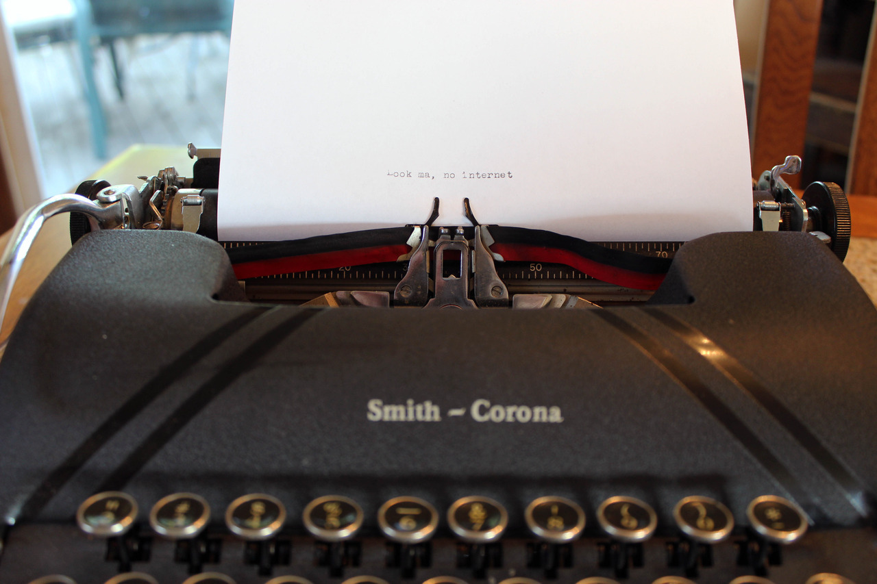 """Look ma, No internet."" METRO's look at typewriters in the Twin Cities."