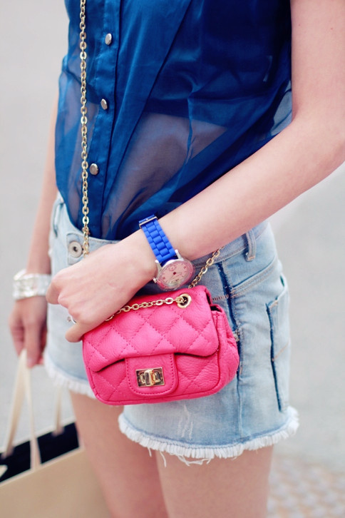 topshop:  We love a cute cross body bag!