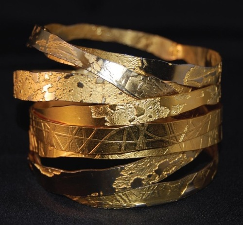 Lingua Nigra Hand Etched Gold Plated Brass and Copper Bangles Lingua Nigra