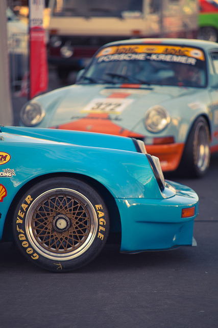 flat6ix:  Cool wheels! by motion_captured on Flickr.