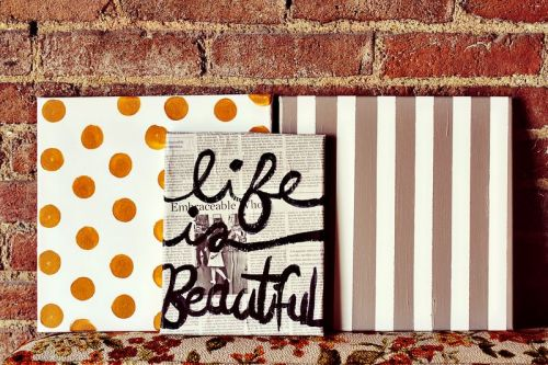 (via Easy DIY Art Collection - A Beautiful Mess)