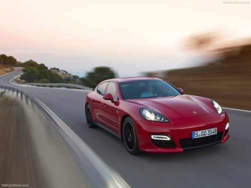 fuckyeahcargasm:  Lady in red. Featuring: Porsche Panamera GTS (2012)