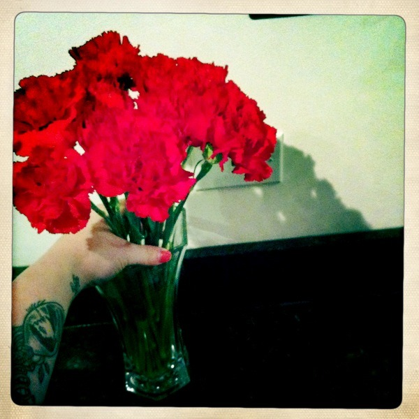 Who doesn't love being surprised with flowers for no special occasion? ♥
