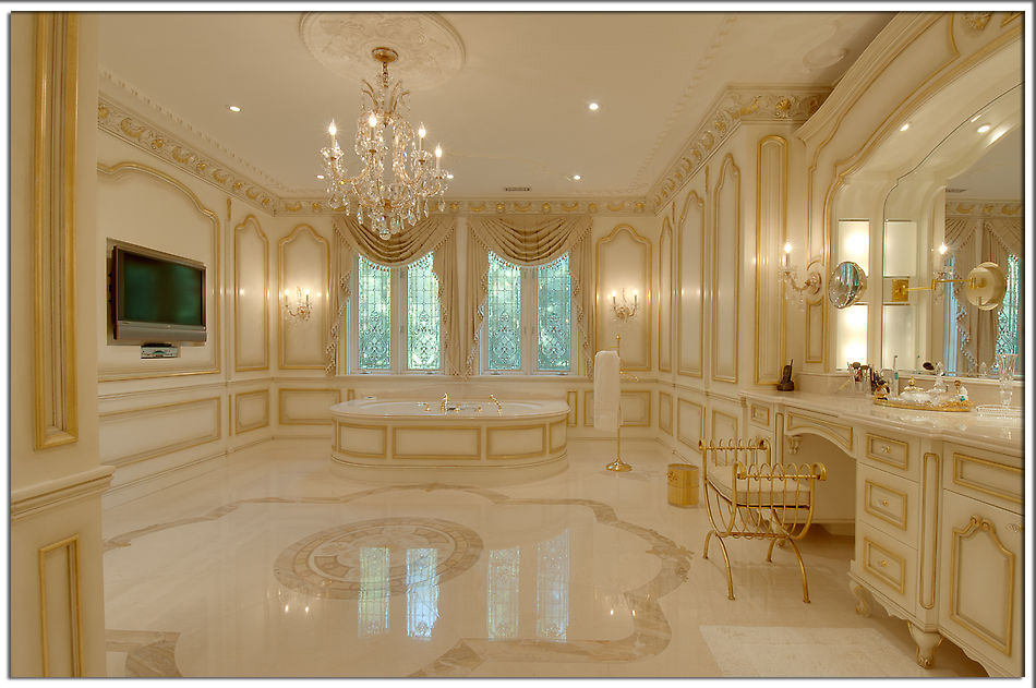 Lavish Master Bathroom Follow Us On Facebook Priceypads