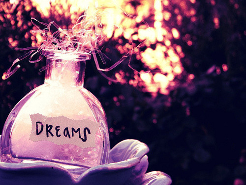 smilekiditgetsbetter:  Dream. Follow for more inspiration. <3