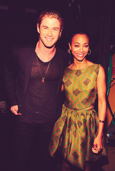 Chris Hemsworth and Zoe Saldana at the 2012 Teen Choice Awards
