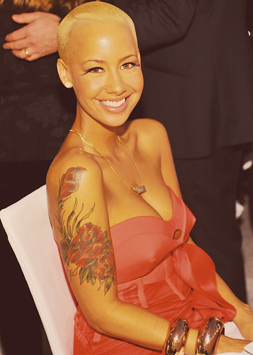 I appreciate your face ♀ Amber Rose