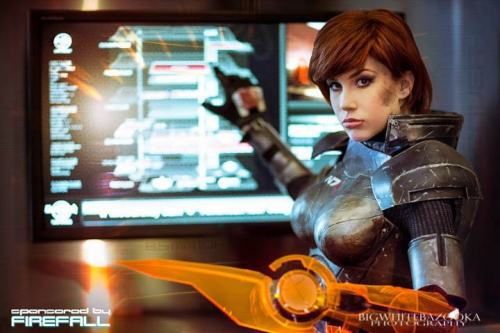 Fresh Cosplay! Female Shepard from Mass Effect 3  Cosplayer: Crystal Graziano [Web | Twitter | deviantArt]Photographer: Big White Bazooka