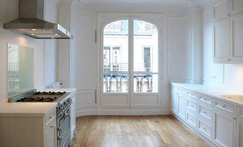 georgianadesign:  Clean, chic Paris. a+b Kasha Designs.