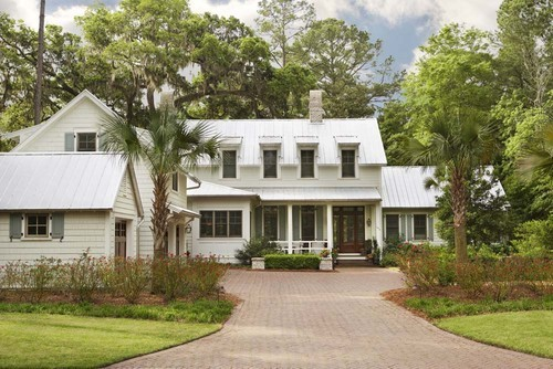 georgianadesign:  Palmetto Bluff-new home in Charleston. Linda McDougald Design | Postcard from Paris Home.