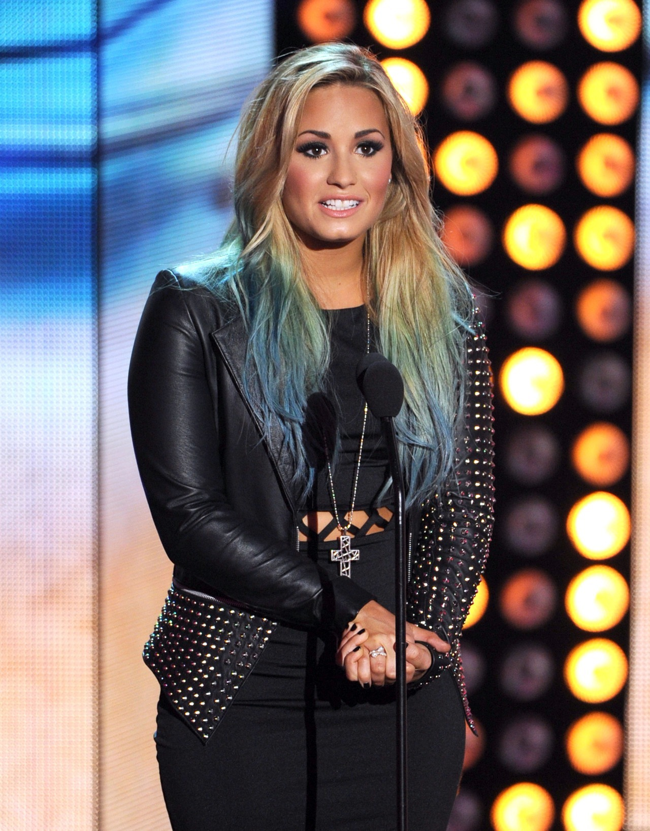 expostas:  Demi Lovato at the TEEN CHOICE AWARDS
