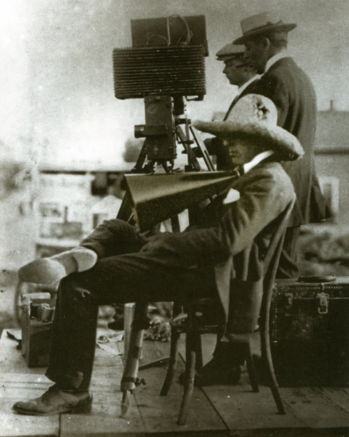 theloudestvoice:  D.W. Griffith directing Birth of a Nation
