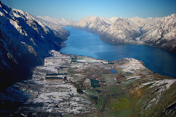 Wakatipu Winter by ©haddock on Flickr.