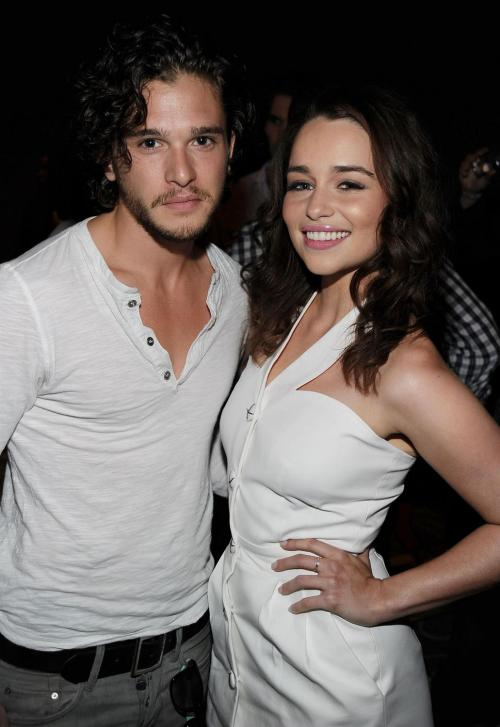 Kit and Emilia    Jon Snow and Daenerys Targaryen