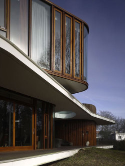 aros:  Villa Nefkens by Mecanoo Architects