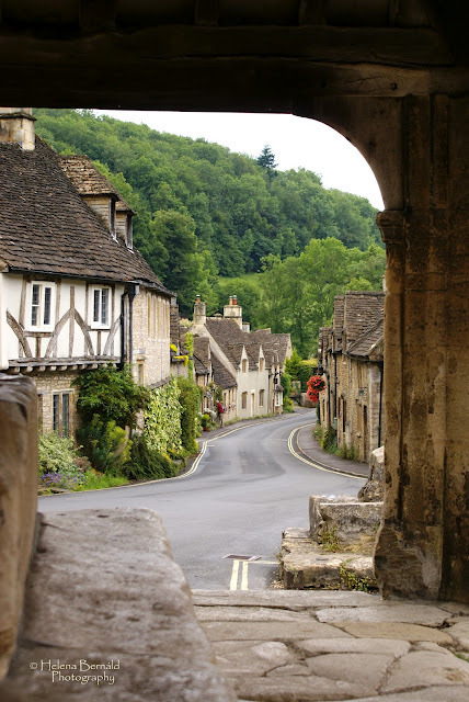 alley in Castle Combe