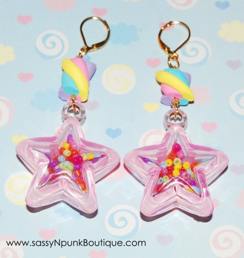 Check out these cute magical girl star earrings! I love the little marshmallows ^^ Find them here! AND get 10% OFF! Just use my personal code 'RebeccaPunk' !