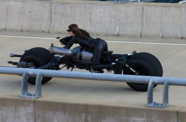 "richgrohl:  Never been a fan of Catwoman, but Selina on the Batpod and ""dat ASS"", f***** brilliant idea!"