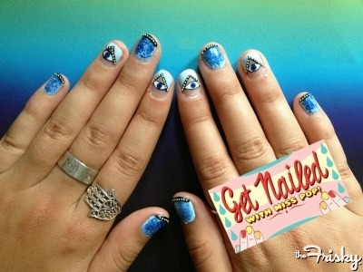 Find out how to make this awesome nail art HERE!