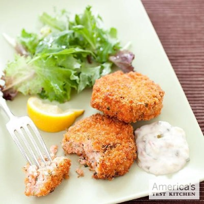 americastestkitchen:  Best Salmon Cakes Our goal was a quick and simple recipe for salmon cakes that first and foremost tasted like salmon, with a moist, delicate texture. Get the recipe.