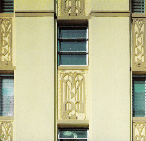 Barclay Plaza Miami Beach, FloridaFrom Tropical Deco    I can't find this on Google Street View. There is now an actual plaza/park at this address. But sometimes the addresses are wrong.    From the book:     Barclay Plaza - 1940 Park Avenue (Krehnel & Elliott, 1935.)
