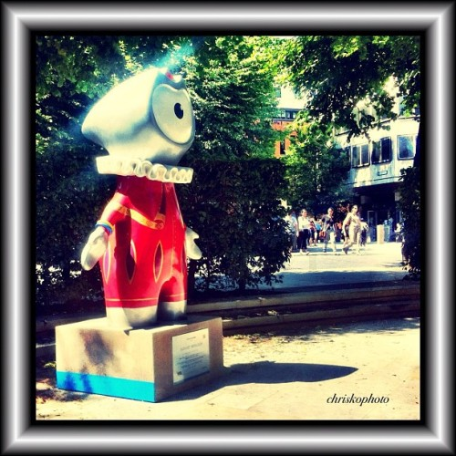 Sonnet Wenlock #london #thecity #olympics #olympics2012 #olympicmascot #gamesmascot #wenlock #sonnetwenlock #cheapside (Taken with Instagram at One New Change)