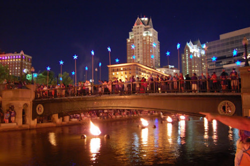 If you have the opportunity to head to see the Waterfire in Providence anytime, GO