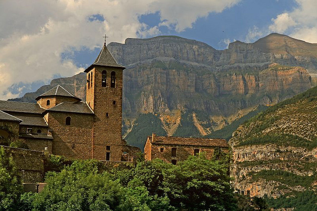 El Pirineo by Fr Antunes on Flickr.