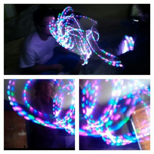 :D #emazinglights #imax #meltingfaces #led #gloving #pink #blue #lightshow #green (Taken with Instagram)