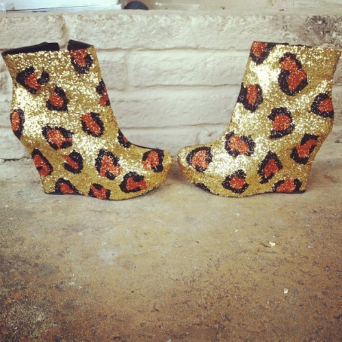New shoes!!!!!! #leopard #animalprint #club #glitter #miami #style #fashion #designer #DIY #shoes #heels #sparkle  (Taken with Instagram)