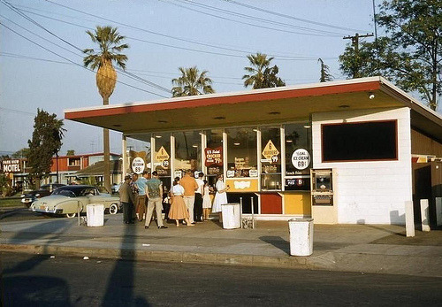 fuckyeahvintage-retro:  A Hamburger Bar in San Jose, CA (1957)