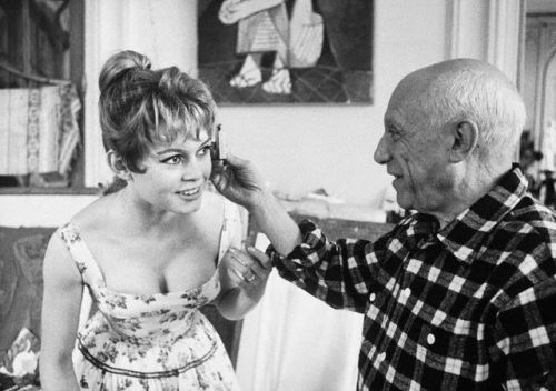 ladiezispimpz2:  Bridget Bardot and Picasso