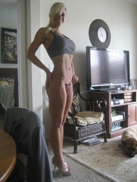 womennextdoor:  For more visit: womennextdoor.tumblr.com