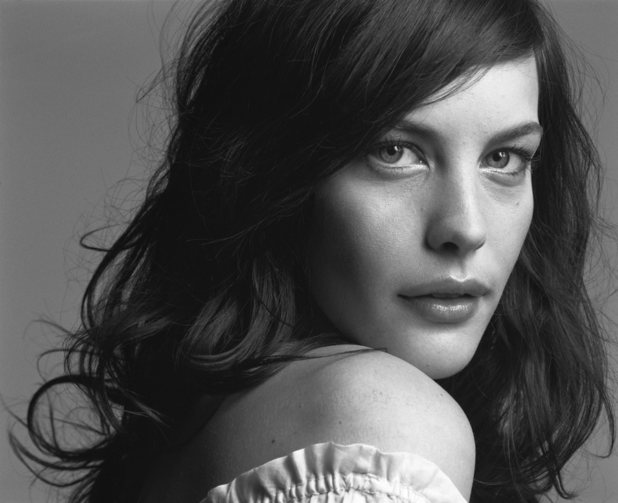 bohemea:  Liv Tyler by Mark Abrahams