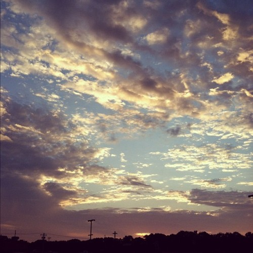 Beautiful view leaving the gym. #cloudporn #sunset (Taken with Instagram at Retro Fitness)