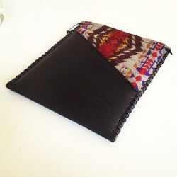 Another day, another iPad case…! We've improved our craft by hand dying our leather and adding saddle stitching to give it more details.
