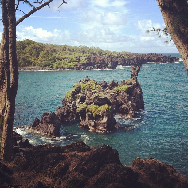Waianapanapa State Park. #maui #hawaii #ermahmauri  (Taken with Instagram)