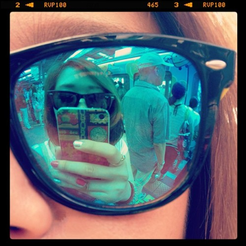 With Katy :)) #summer #girl #girls #shades #iphone #rayban  (Instagramで撮影)