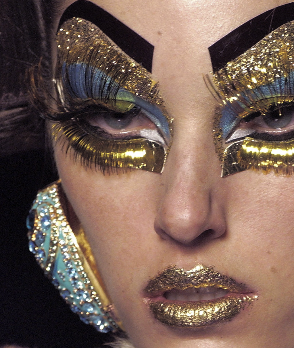 sfilate:  Christian Dior Haute Couture S/S 2004 Beauty