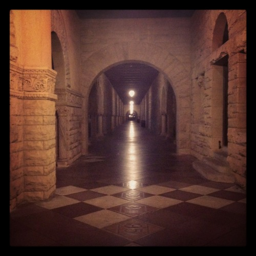haminjuree:  I love the hallways of this campus. Stanford University, Palo Alto, CA (7/20/12)