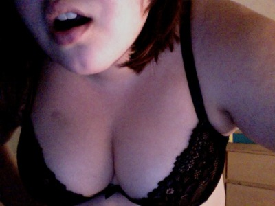plussizeburlesque:  bluebirdsofhappyness:  Happy Topless Tuesday! Did I manage that little *gasp!* look well?  Wow stop being so hot holy shit