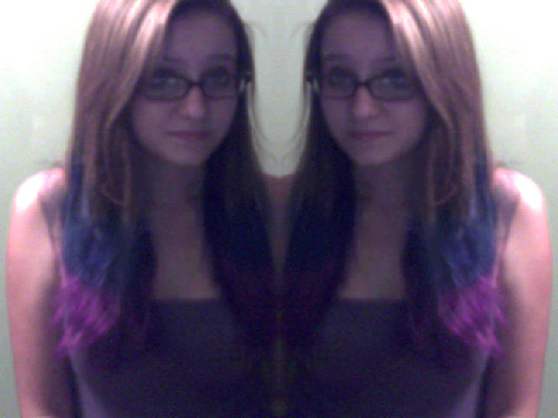 Shitty picture guise, shitty webcam. But blue and purplee.