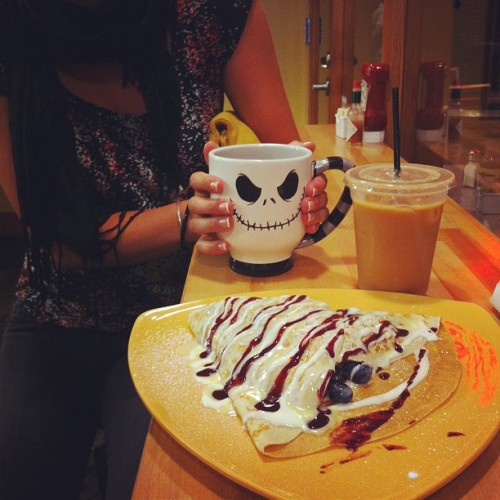 Real life. #crepes #americano #gelato #myfriendpaige (Taken with Instagram at Metropolitan)