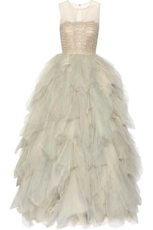 Oscar De La Renta at his best. Wow fashion-soldier:  Embroidered Tulle Gown by OSCAR DE LA RENTA