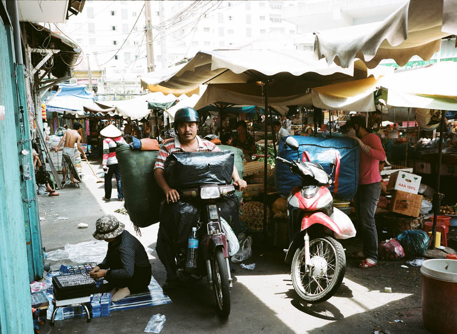 Morning markets Saigon, asia12, 12fv