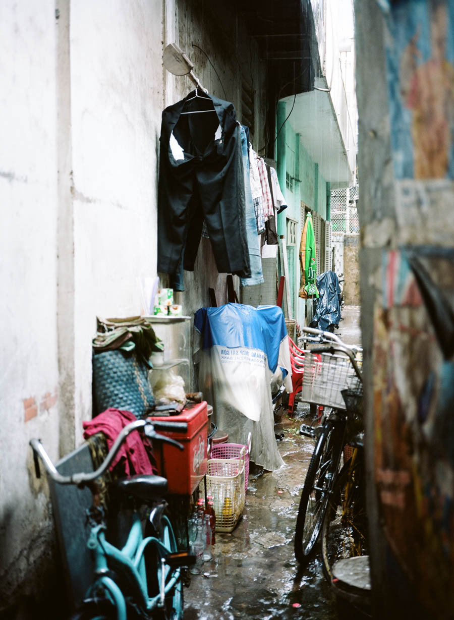 Colorful alleyways Saigon, asia12, 12fv